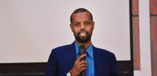 Managing in a war zone: Somalian managers in the banking and mobile telecommunications sectors